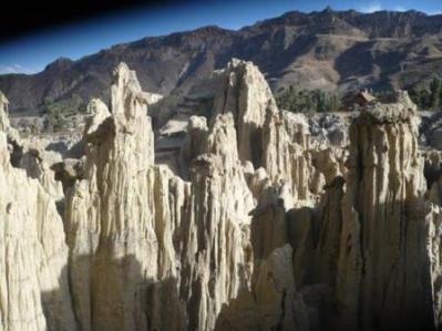 2297 Valle de la Luna. La Paz